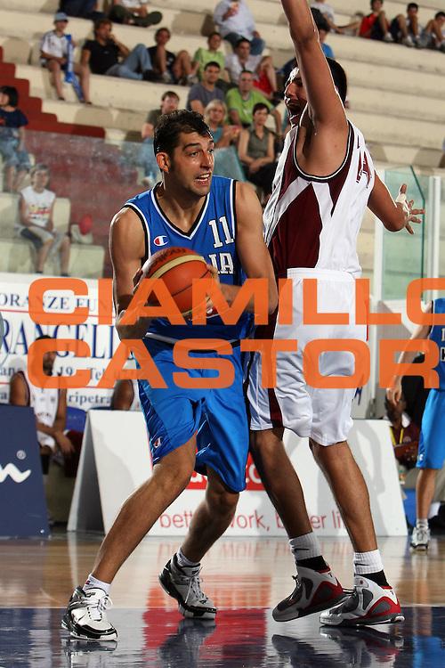DESCRIZIONE : Rieti Torneo Internazionale Lazio 2006<br /> GIOCATORE : Garri<br /> SQUADRA : Italia<br /> EVENTO : Rieti Torneo Internazionale Lazio 2006<br /> GARA : Italia Venezuela<br /> DATA : 20/06/2006 <br /> CATEGORIA : <br /> SPORT : Pallacanestro <br /> AUTORE : Agenzia Ciamillo-Castoria/E.Castoria<br /> Galleria : FIP Nazionale Italiana<br /> Fotonotizia : Rieti Torneo Internazionale Lazio 2006<br /> Predefinita :