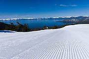 Spring skiing Diamond Peak