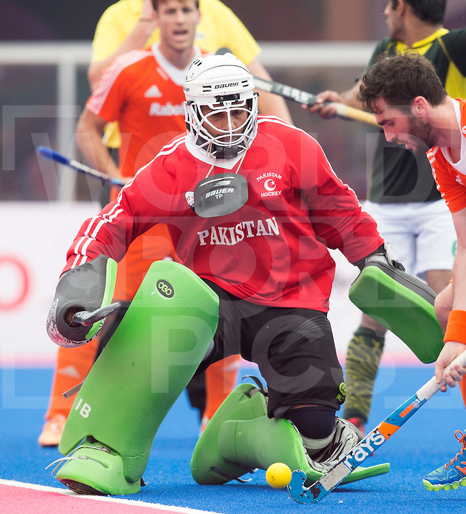 BHUBANESWAR  (INDIA) -  Quater Finals Netherlands vs Pakistan,  of the Hero Champions Trophy Hockey.  Imran Butt of Pakistan.  Photo KOEN SUYK