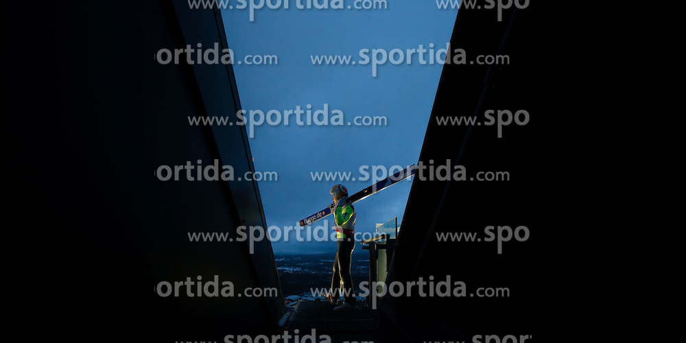 24.02.2015, Lugnet Ski Stadium, Falun, SWE, FIS Weltmeisterschaften Ski Nordisch, Skisprung, Herren, Training, im Bild Thomas Diethart (AUT) // Thomas Diethart of Austria during the Mens Skijumping Training of the FIS Nordic Ski World Championships 2015 at the Lugnet Ski Stadium, Falun, Sweden on 2015/02/24. EXPA Pictures © 2015, PhotoCredit: EXPA/ JFK