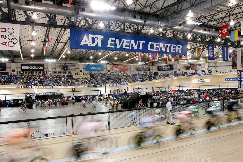 21 January 2007: ADT Event Center Sports facility overview.   Indoor velodrome track at the UCI Track Cycling World Cup Classics @ the Home Depot Center, Carson CA.