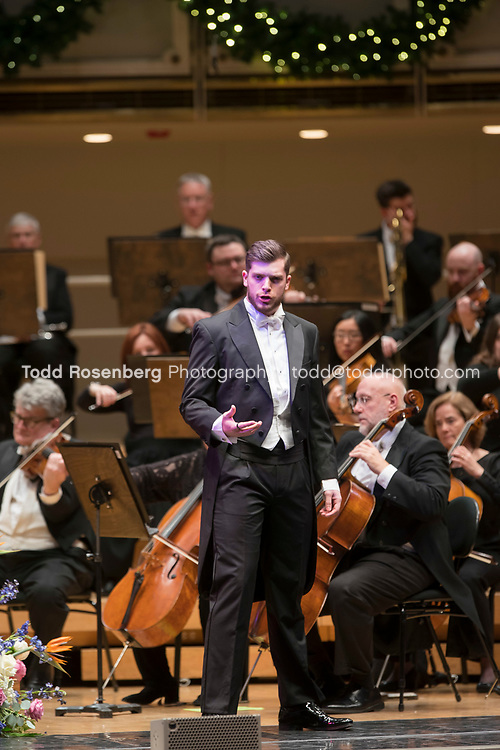 12/30/17 2:54:53 PM -- Chicago, IL, USA<br /> Attila Glatz Concert Productions' &quot;A Salute to Vienna&quot; at Orchestra Hall in Symphony Center. Featuring the Chicago Philharmonic <br /> <br /> &copy; Todd Rosenberg Photography 2017