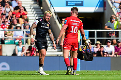 Jack Nowell of Exeter Chiefs leaves the field after becoming injured during play - Mandatory by-line: Ryan Hiscott/JMP - 01/06/2019 - RUGBY - Twickenham Stadium - London, England - Exeter Chiefs v Saracens - Gallagher Premiership Rugby Final