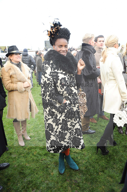 Singer SHINGAI SHONIWA from rock band Noisettes at the Hennessy Gold Cup 2010 at Newbury Racecourse, Berkshire on 27th November 2010.