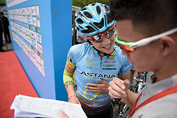 """""""How do you say your name?"""" The announcer tries to pronounce Arianna Fidanza's at Tour of Chongming Island - Stage 2. A 135.4km road race from Changxing Island to Chongming Island, China on 6th May 2017."""