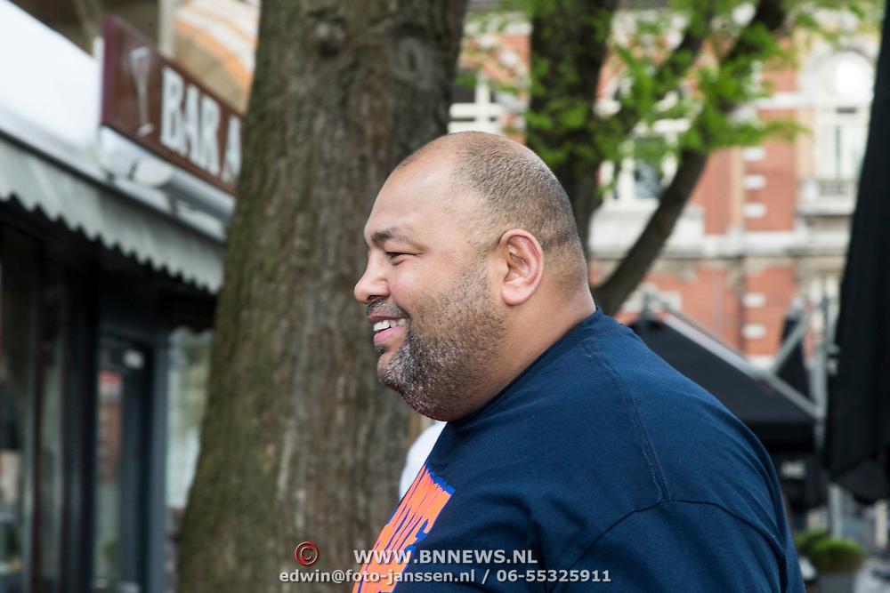 NLD/Amsterdam/20140422 - Boekpresentatie Badr Hari, aankomst trainer Mike Passchenier