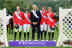 Team Germany winner of The FEI Nations Cup of England<br /> Wulschner Holger, Meyer Janne Frederieke, chef d'equipe Sonke Sonksen, Weishaupt Philippe, Ehning Markus<br /> The Longines Royal International Horse Show Hickstead 2011<br /> © Hippo Foto - Beatrice Scudo