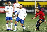 Fotball , 10. oktober 2011 , U21  EM-kvalifisering<br />Norge - England 1-2<br />Euro qual. U21<br />Norway - England<br />Marcus Pedersen , Norge og Vitesse <br />Jason Lowe , England<br />Henri Lansbury , England