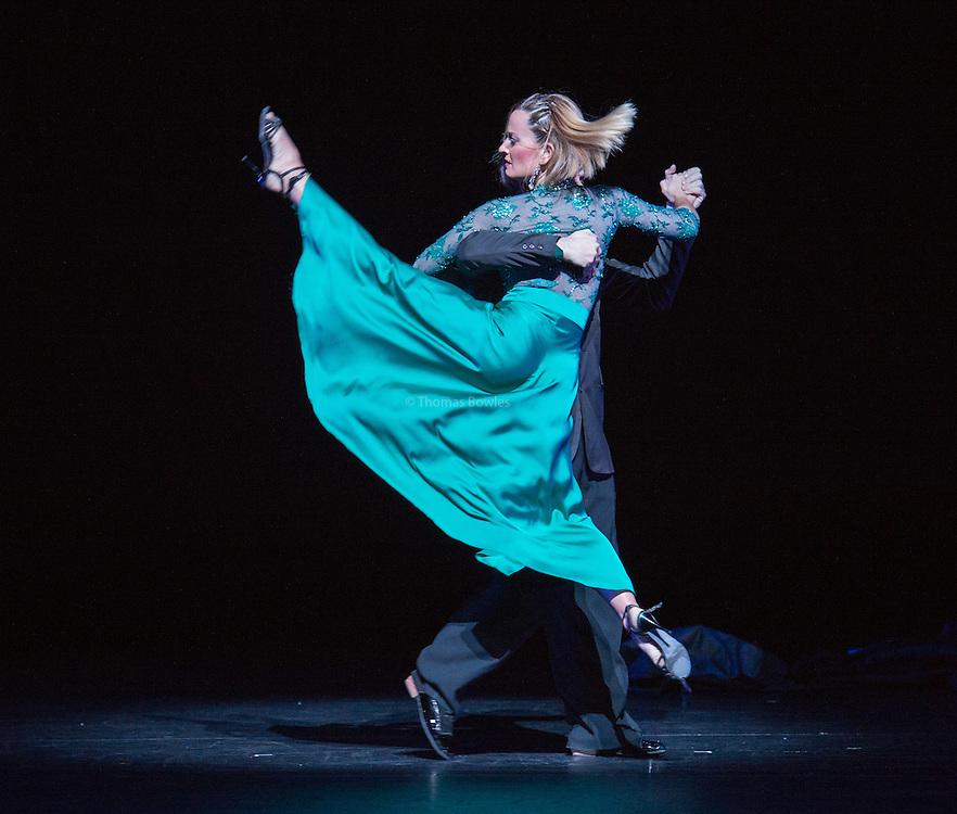 Buenos Aires aqui y ahora performed by Julia Hiriart Urruty and Claudio Gonzalez- Sadler's Wells, London, 2nd Feb 2017.