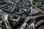 Nederland, Friesland, Leeuwarden, 08-09-2009; Noordoostelijk deel binnenstad, Bonofatiuskerk en aan de Amelandsdwinger vooramlige kazerne.Eastern part of the city.Luchtfoto (toeslag); aerial photo (additional fee required); .foto Siebe Swart / photo Siebe Swart