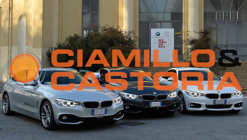 DESCRIZIONE : Milano EA7 Emporio Armani Olimpia Milano evento BMW<br /> GIOCATORE : <br /> CATEGORIA :<br /> SQUADRA : EA7 Emporio Armani Olimpia Milano <br /> EVENTO : EA7 Emporio Armani Olimpia Milano evento BMW<br /> GARA : EA7 Emporio Armani Olimpia Milano evento BMW<br /> DATA : 10/11/2015 <br /> SPORT : Pallacanestro <br /> AUTORE : Agenzia Ciamillo-Castoria/R.Morgano<br /> Galleria : EA7 Emporio Armani Olimpia Milano<br /> Fotonotizia : EA7 Emporio Armani Olimpia Milano evento BMW<br /> Predefinita :
