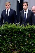 Besloten bijeenkomst voor nabestaanden van de slachtoffer van de vliegramp met de MH17 in het NBC Congrescentrum in Nieuwegein <br /> <br /> Closed meeting for the families of the victims of the plane crash with the MH17 , in NBC congresscentre in Nieuwegein <br /> <br /> Op de foto / On the photo:  Koning Willem-Alexander en premier Mark Rutte / King Willem-Alexander and Prime Minister Mark Rutte