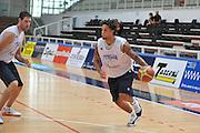 DESCRIZIONE : Trento Primo Trentino Basket Cup Nazionale Italia Maschile <br /> GIOCATORE : Daniel Hackett<br /> CATEGORIA : allenamento<br /> SQUADRA : Nazionale Italia <br /> EVENTO :  Trento Primo Trentino Basket Cup<br /> GARA : Allenamento<br /> DATA : 25/07/2012 <br /> SPORT : Pallacanestro<br /> AUTORE : Agenzia Ciamillo-Castoria/M.Gregolin<br /> Galleria : FIP Nazionali 2012<br /> Fotonotizia : Trento Primo Trentino Basket Cup Nazionale Italia Maschile<br /> Predefinita :