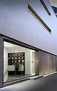 whitecube gallery, west end, reception, entrance, portrait, colour, color, exterior