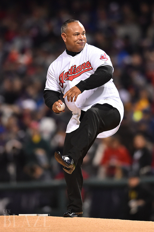 Oct 26, 2016; Cleveland, OH, USA; Cleveland Indians former player Carlos Baerga throws out the ceremonial first pitch before game two of the 2016 World Series against the Chicago Cubs at Progressive Field. Mandatory Credit: Ken Blaze-USA TODAY Sports