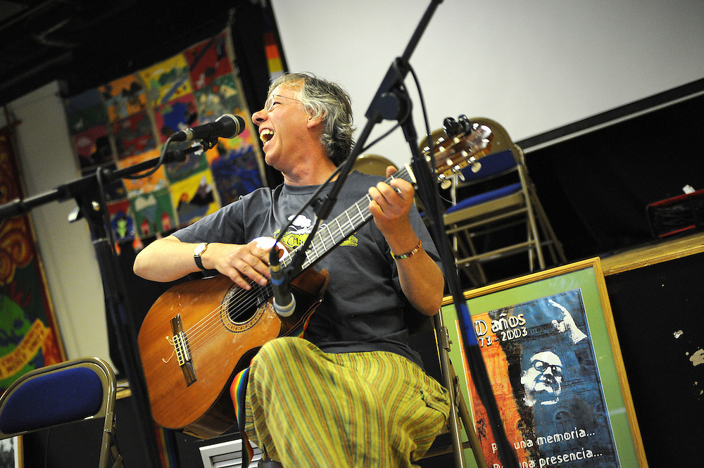 El Sueno Existe Festival<br /> Machynlleth<br /> Wales<br /> Our Future, Our Planet Our Dream<br /> Tony Corden, musician and festival director.
