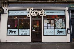Abdul Ali from Kismot.. Robert Burns lookalike Chris Tait samples controversial.restaurant Kismot's new Burn's Day haggis curry..Pic © Michael Schofield...