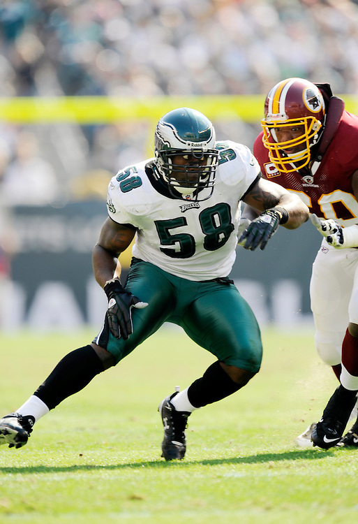 PHILADELPHIA - OCTOBER 5: Trent Cole #58 of the Philadelphia Eagles defends against the Washington Redskins on October 5, 2008 at Lincoln Financial Field in Philadelphia, Pennsylvania. The Redskins won 23-17. *** Local Caption *** Trent Cole
