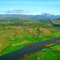Munaðarnes en Hlöðutún fremst, Norðurá séð til norðurs, Borgarbyggð áður Stafholtstungnahreppur / Munadarnes with Holdutun in front, River Nordura viewing north, Borgarbyggd former Stafholtstungnahreppur.