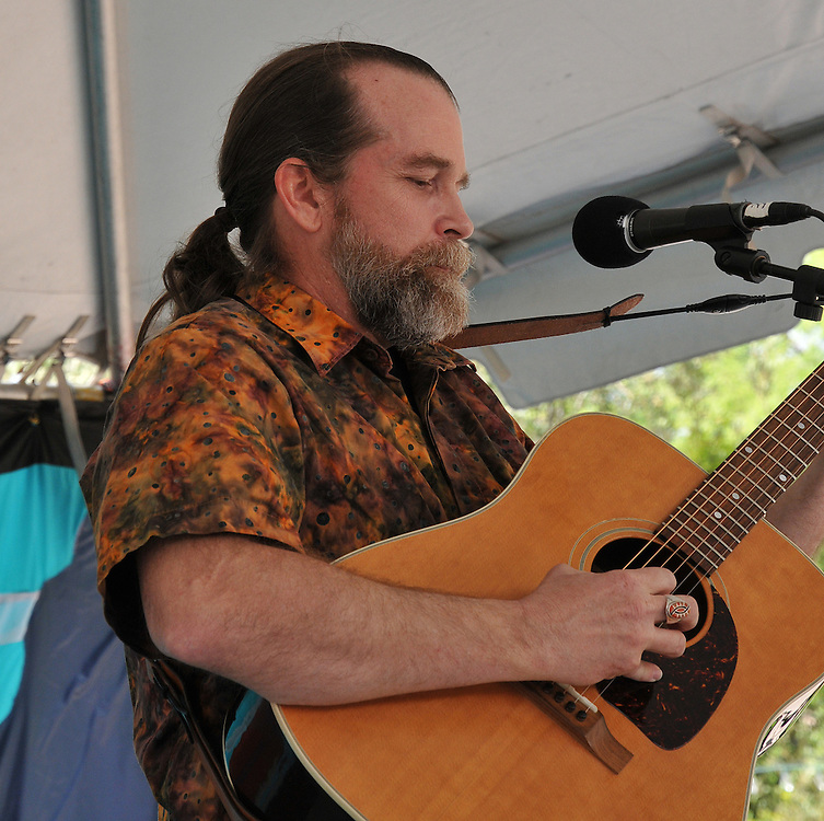 C. Daniel Boling concert at 2010 Tucson Folk Festival. Event photography by Martha Retallick.