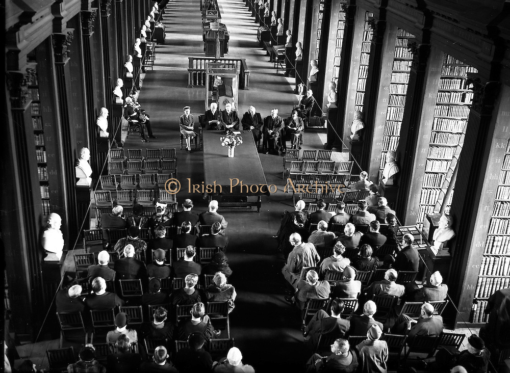 04/11/1953<br />