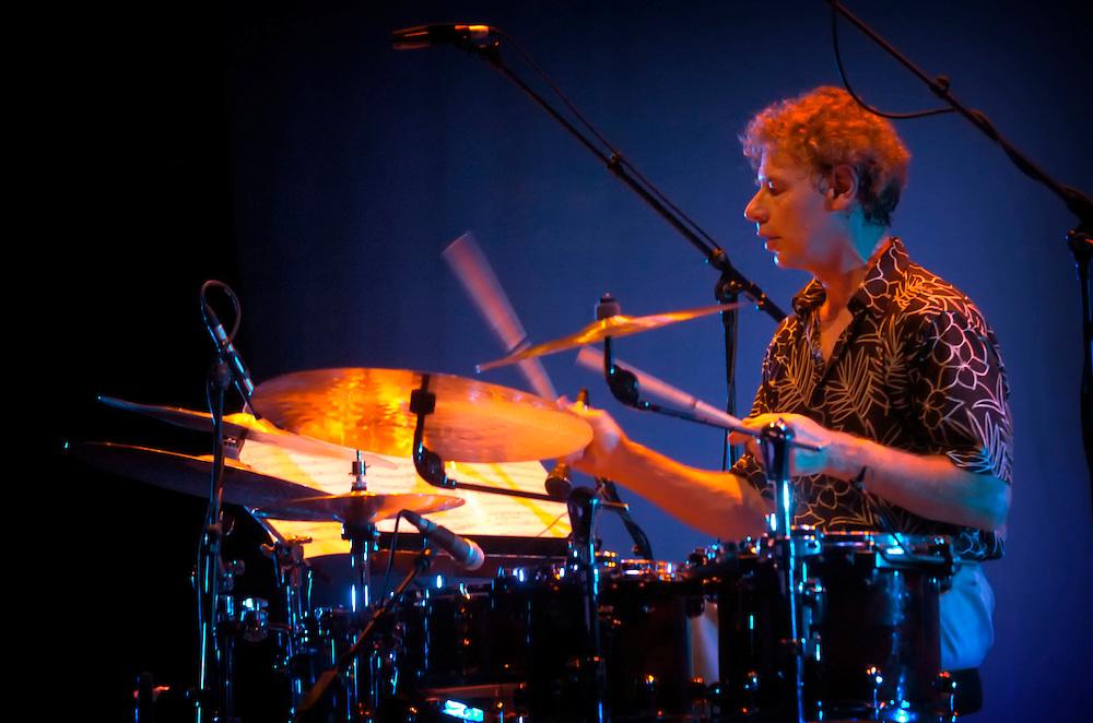 Bill Bruford, King Crimson, Yes, Earthworks