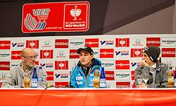 27.12.2013, Oberstdorf Haus, Oberstdorf, GER, FIS Ski Sprung Weltcup, 62. Vierschanzentournee, Offizielle Pressekonfernz, im Bild Ingo Jensen (Pressechef Vierschanzentournee), Kamil Stoch (POL) und Gregor Schlierenzauer (AUT) // Ingo Jensen (Press Chief Four Hills Tournament), Kamil Stoch of Poland und Gregor Schlierenzauer of Austria during official Press Conference of 62th Four Hills Tournament of FIS Ski Jumping World Cup at the Oberstdorf Haus, Oberstdorf, Germany on 2013/12/27. EXPA Pictures © 2013, PhotoCredit: EXPA/ Peter Rinderer