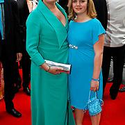 NLD/Hilversum/20100607 - Musicalawards 2010, Marjolein Touw en dochter Mila-Marie