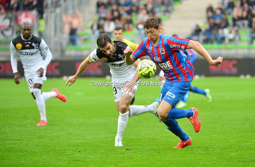 Christophe KERBAT / Emiliano SALA - 25.04.2015 - Caen / Guingamp - 34eme journee de Ligue 1<br /> Photo : David Winter / Icon Sport