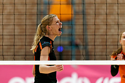 26-10-2019 NED: Dros Alterno - Set Up 65, Apeldoorn<br /> Round 4 of Eredivisie volleyball - Kimberly Smit #8 of Set Up