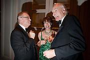 LORD JEFFREY ARCHER; KATHY LETTE; PETER SNOW, 80th anniversary gala dinner for the Foyles&Otilde; Literary Lunch. Ballroom. Grosvenor House Hotel. Park Lane. London. 21 October 2010. -DO NOT ARCHIVE-&copy; Copyright Photograph by Dafydd Jones. 248 Clapham Rd. London SW9 0PZ. Tel 0207 820 0771. www.dafjones.com.<br /> LORD JEFFREY ARCHER; KATHY LETTE; PETER SNOW, 80th anniversary gala dinner for the Foyles&rsquo; Literary Lunch. Ballroom. Grosvenor House Hotel. Park Lane. London. 21 October 2010. -DO NOT ARCHIVE-&copy; Copyright Photograph by Dafydd Jones. 248 Clapham Rd. London SW9 0PZ. Tel 0207 820 0771. www.dafjones.com.
