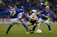 Photo: Kevin Poolman.<br />Leicester City v Fulham. The FA Cup. 06/01/2007. Fulham's Tomasz Radzinski of Fulham looks for a way past Levi Porter of Leicester.