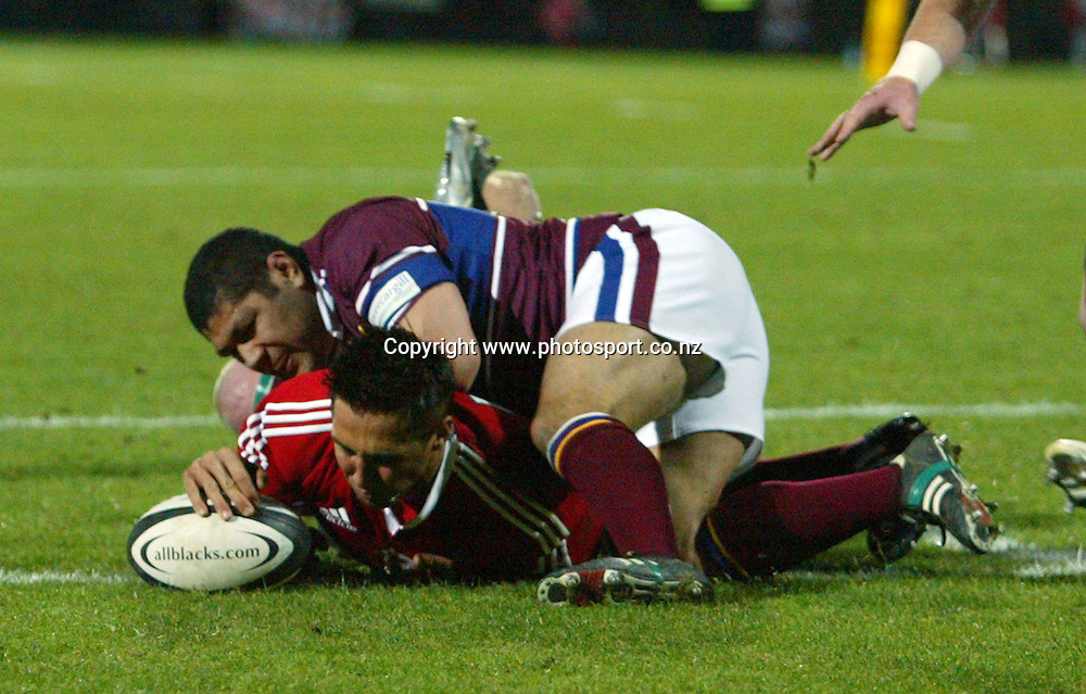 Gavin Henson scores during the British & Irish Lions v Southland rugby match played at Rugby Park Stadium, Invercargill, New Zealand on Tuesday June 21, 2005. The Lions won the match, 26 - 16. Photo: Hannah Johnston/PHOTOSPORT
