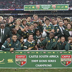 The South African team that won the CASTLE South Africa 2009 Lions Series Trophy  during the British and Irish Lions tour 2009