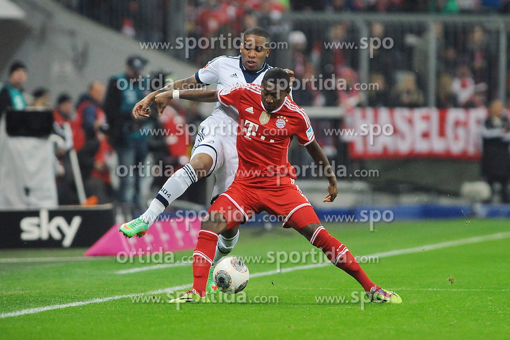 01.03.2014, Allianz Arena, Muenchen, GER, 1. FBL, FC Bayern Muenchen vs Schalke 04, 23. Runde, im Bild vl Jefferson Farfan (Schalke 04) gegen David Alaba (FC Bayern Muenchen) // during the German Bundesliga 23th round match between FC Bayern Munich and Schalke 04 at the Allianz Arena in Muenchen, Germany on 2014/03/01. EXPA Pictures &copy; 2014, PhotoCredit: EXPA/ Eibner-Pressefoto/ Stuetzle<br /> <br /> *****ATTENTION - OUT of GER*****