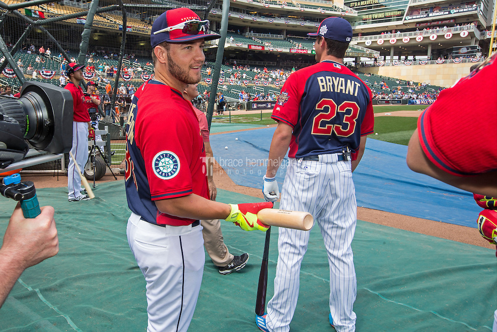 MINNEAPOLIS, MN- JULY 13: D.J. Peterson #33 of the U.S. Team during the SiriusXM All-Star Futures Game at Target Field on July 13, 2014 in Minneapolis, Minnesota. (Photo by Brace Hemmelgarn) *** Local Caption *** D.J. Peterson