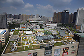 Farm Built On Hefei's Shopping Mall Rooftop
