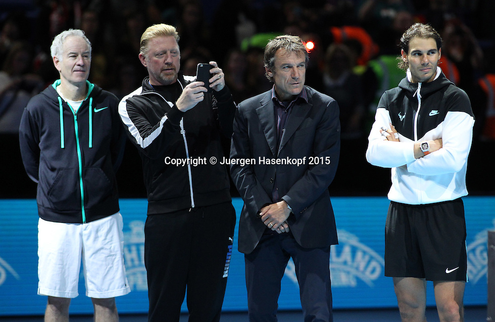 Boris Becker,John McEnroe ,Mats Wilander und Rafael Nadal bei der Ehrung von Lleyton Hewitt, ATP World Tour Finals, O2 Arena, London, England.<br /> <br /> Tennis - ATP World Tour Finals 2015 - ATP -  O2 Arena - London -  - Great Britain  - 18 November 2015. <br /> &copy; Juergen Hasenkopf/Grieves
