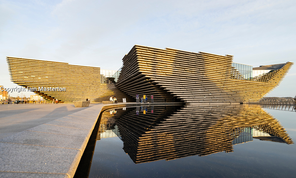 Exterior view of new V&A Museum in Dundee, Scotland, UK. Architect Kengo Kuma.