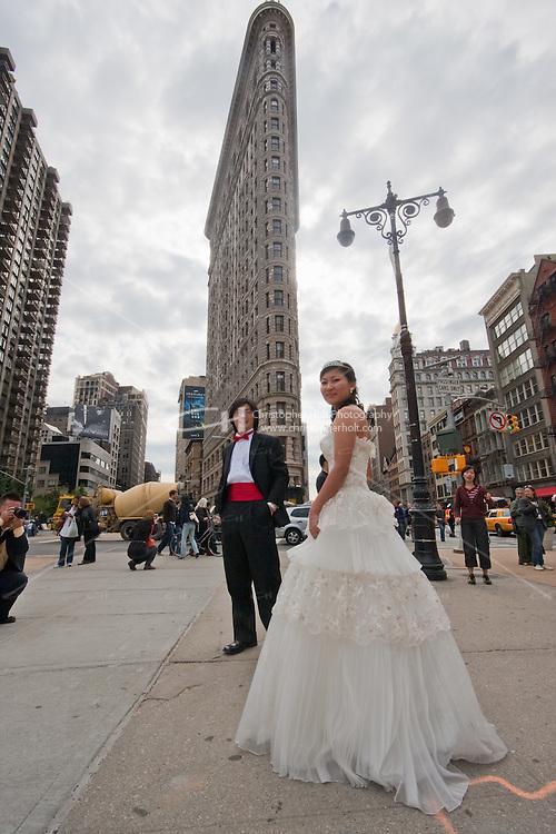wedding outside Flatiron building in New York City October 2008