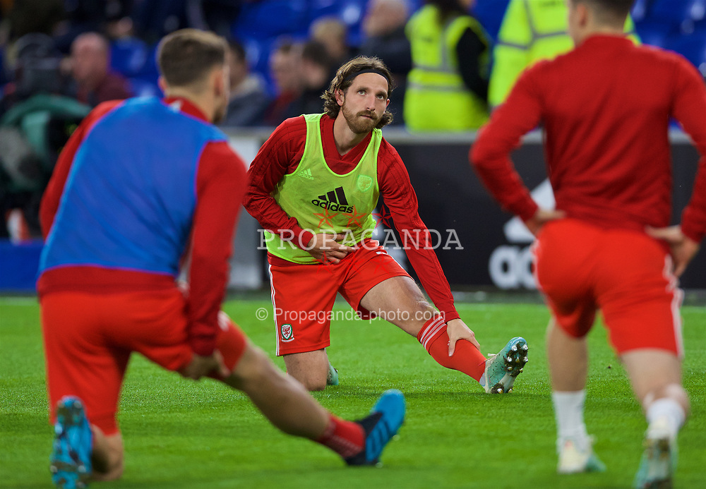 CARDIFF, WALES - Sunday, October 13, 2019: Wales' Joe Allen during the pre-match warm-up before the UEFA Euro 2020 Qualifying Group E match between Wales and Croatia at the Cardiff City Stadium. (Pic by Laura Malkin/Propaganda)