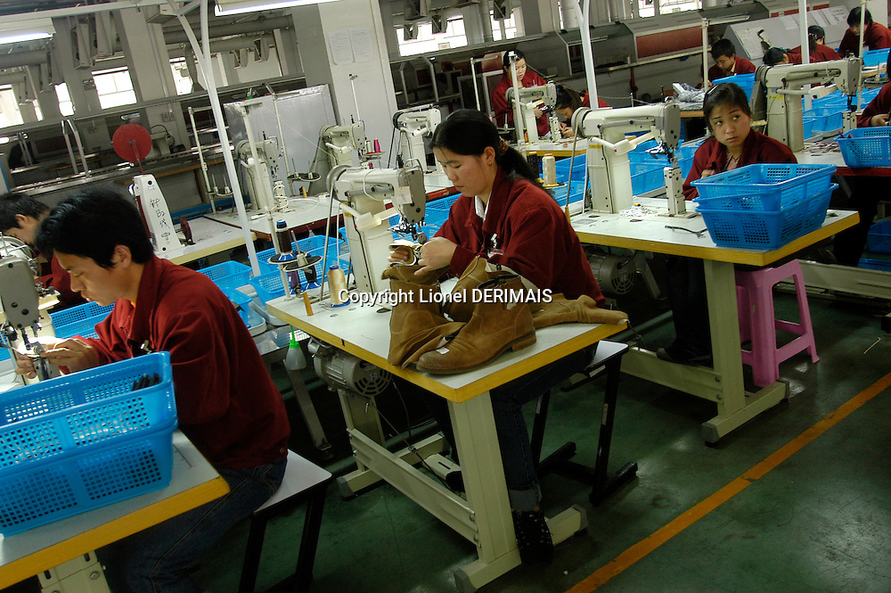 The Aokang shoe manufacturer, created in 1988, employs 1600 persons in its Wenzhou factory in Zhejiang province in Southern China. It employs 10,000 people on its three sites altogether. The shoe industry employ 400,000 people in the Wenzhou area. This factory makes leisure shoes for men and women for clients all over the world as well as horse-riding boots for clients like Weatherbeeta (USA). April 26th 2006.