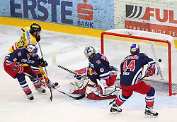 13.01.2012, Albert Schultz Halle, Wien, AUT, EBEL, UPC Vienna Capitals vs EC Red Bull Salzburg, im Bild Tor durch Marcel Rodman, (UPC Vienna Capitals, #22), rManuel Latusa, (EC Redbull Salzburg, #15),Joshuan Tordjman, (EC Redbull Salzburg, #39) und Douglas Lynch, (EC Redbull Salzburg, #44) koennen das Tor nicht verhindern // during the icehockey match of EBEL between UPC Vienna Capitals (AUT) and EC Red Bull Salzburg (AUT) at Albert Schultz Halle, Vienna, Austria on 13/01/2012,  EXPA Pictures © 2012, PhotoCredit: EXPA/ T. Haumer
