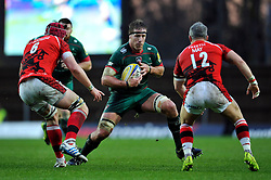 Brad Thorn of Leicester Tigers in possession - Photo mandatory by-line: Patrick Khachfe/JMP - Mobile: 07966 386802 23/11/2014 - SPORT - RUGBY UNION - Oxford - Kassam Stadium - London Welsh v Leicester Tigers - Aviva Premiership