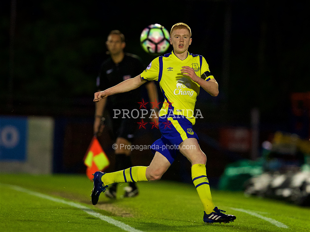 ALDERSHOT, ENGLAND - Friday, April 21, 2017: Everton's Morgan Feeney in action against Chelsea during FA Premier League 2 Division 1 Under-23 match at the Recreation Ground. (Pic by David Rawcliffe/Propaganda)