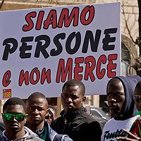Manifestazione di migranti contro il «Busines dell'accoglienza»