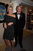 Donna Air and Sir Peter Osborne. The Grosvenor House Art and Antiques Fair charity Gala evening in aid of the NSPCC. 16 June2005. ONE TIME USE ONLY - DO NOT ARCHIVE  © Copyright Photograph by Dafydd Jones 66 Stockwell Park Rd. London SW9 0DA Tel 020 7733 0108 www.dafjones.com