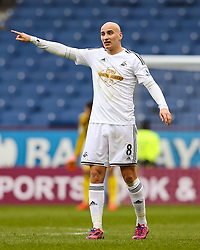 Jonjo Shelvey of Swansea City in action - Photo mandatory by-line: Matt McNulty/JMP - Mobile: 07966 386802 - 28/02/2015 - SPORT - Football - Burnley - Turf Moor - Burnley v Swansea City - Barclays Premier League