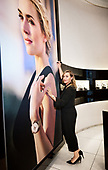 04/27/2018 Kate WInslet Visit Longines WTC Boutique