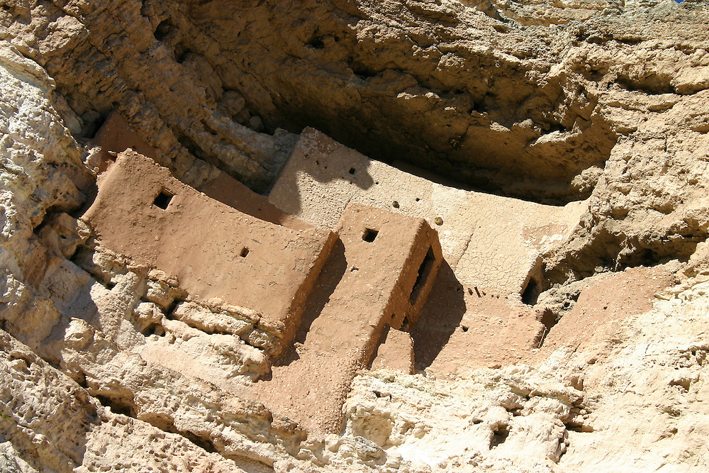 Montezuma Castle Historic Monument ancient cliff dwelling ruin, Camp Verde, Arizona USA